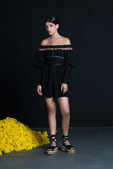 SS18-10129  Lalita shirt SS18R096 Sena shorts SS18R003