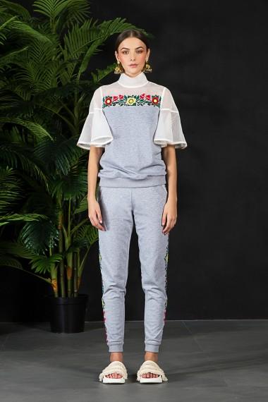 SS18-14514  Val sweater SS18M052 Tara joggers SS18M060