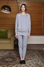 ZLabel2018Jan29657 Roxi Joggers Grey PF180072 Priya Sweater PF180013