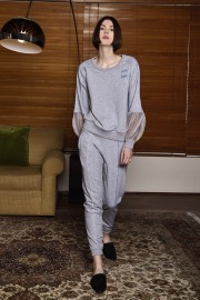 ZLabel2018Jan29678 Roxi Joggers Grey PF180072 Priya Sweater PF180013